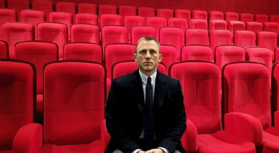 Daniel Craig attend la réouverture des salles
