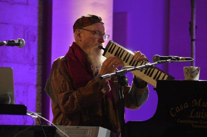 Terry Riley en concert au Petit Faucheux de Tours
